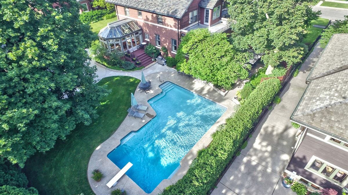 Luxury real estate charming home offers the perfect layout