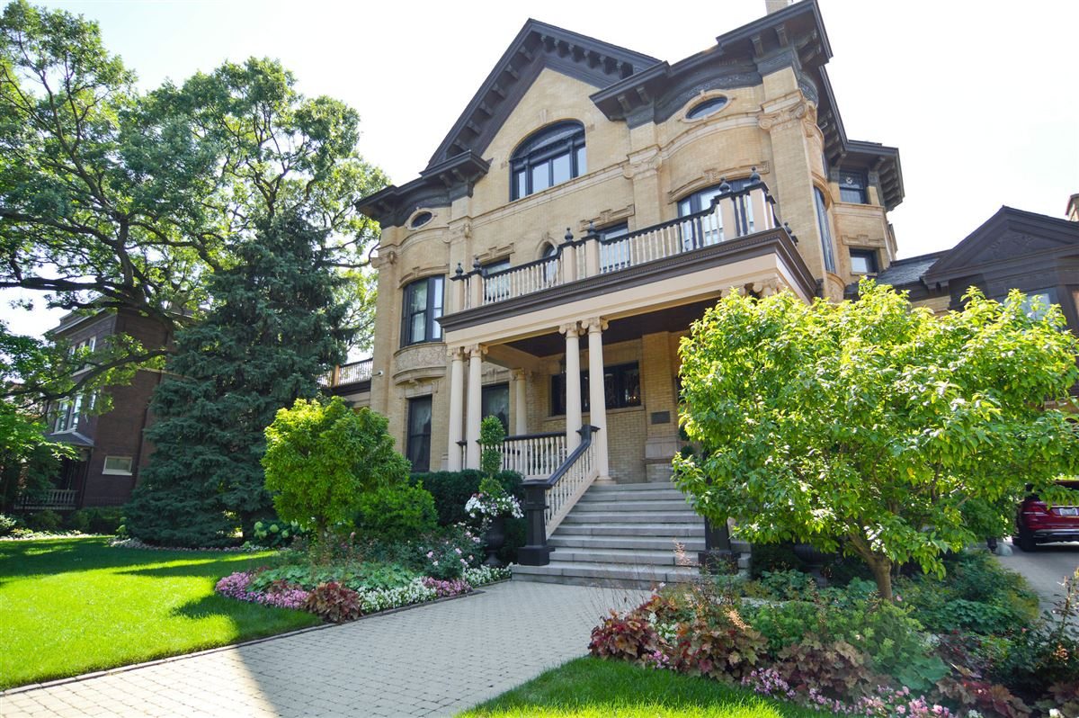 One Of The Most Significant Homes In Chicago