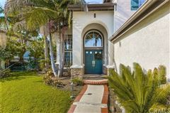 Mansions in highly upgraded Aliso Viejo home