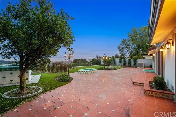 Luxury homes A Fantastic Opportunity in bel air