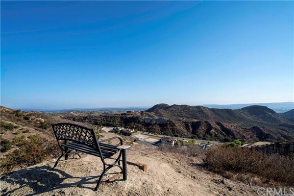 incredible property in Modjeska Canyon luxury homes