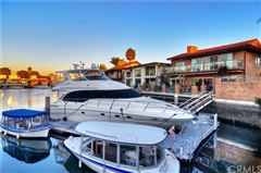Luxury real estate upgraded Waterfront Home in huntington beach