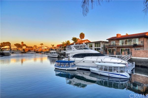 upgraded Waterfront Home in huntington beach luxury properties