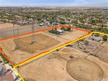 Luxury homes unprecedented opportunity in chino
