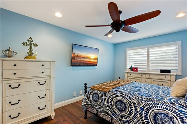 Luxury homes Gorgeous fourBedroom home