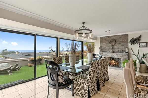 extraordinary residence in Cameo Highlands luxury homes