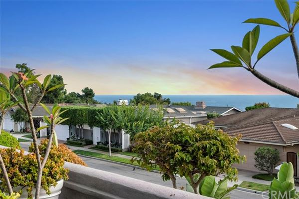 extraordinary residence in Cameo Highlands luxury properties