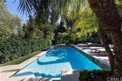 Luxury properties Wondrous custom contemporary
