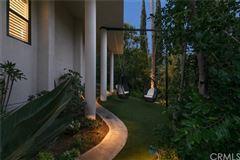 Luxury real estate Wondrous custom contemporary