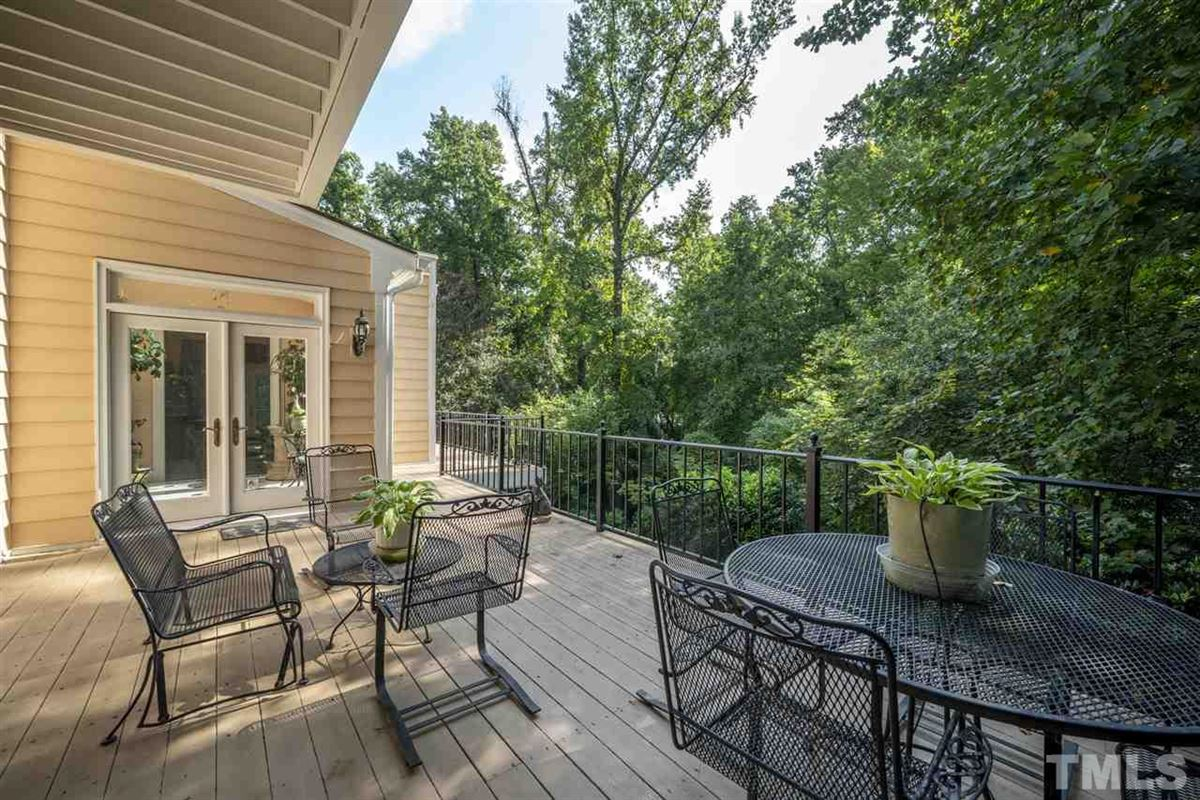 Luxury real estate magnificent home in raleigh