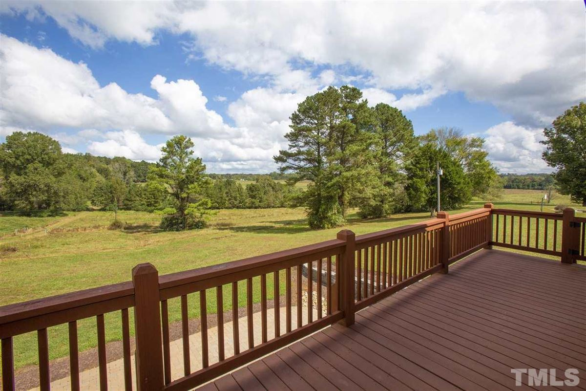 290 acres of beautiful rolling land luxury homes