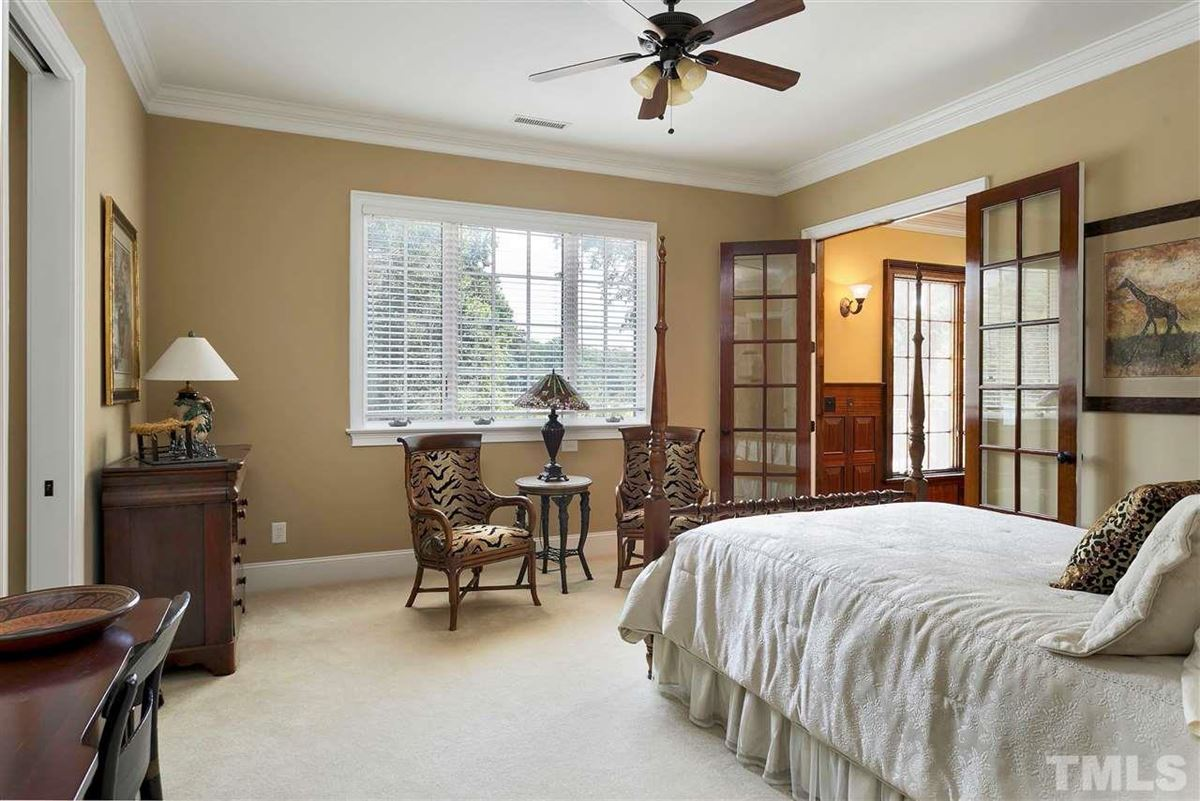 Luxury properties Magnificent Country French estate on MacGregor Downs golf course