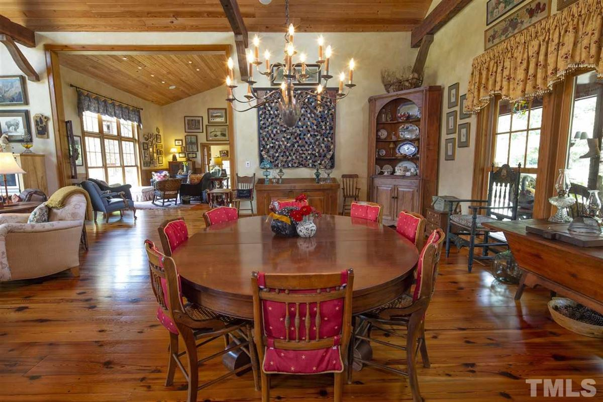 Luxury homes a Unique Legacy Ranch Setting