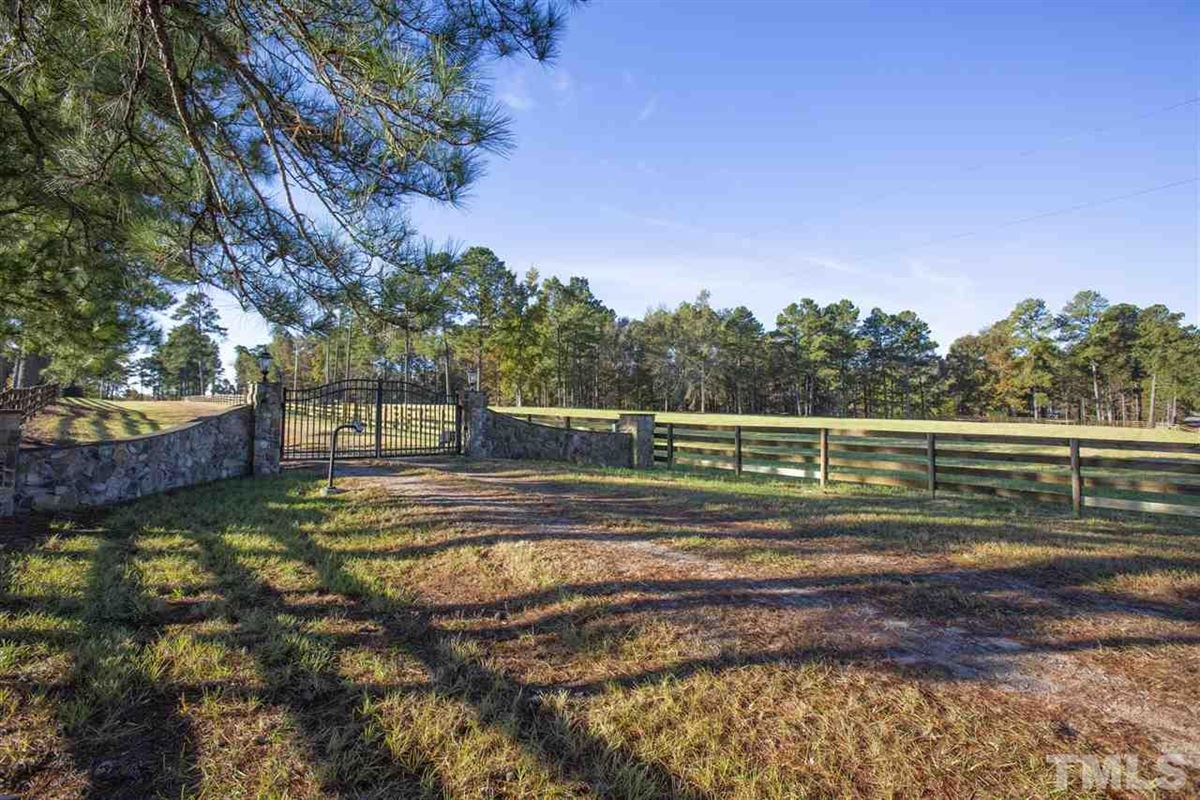 unbelievable equestrian property with scenic views luxury homes