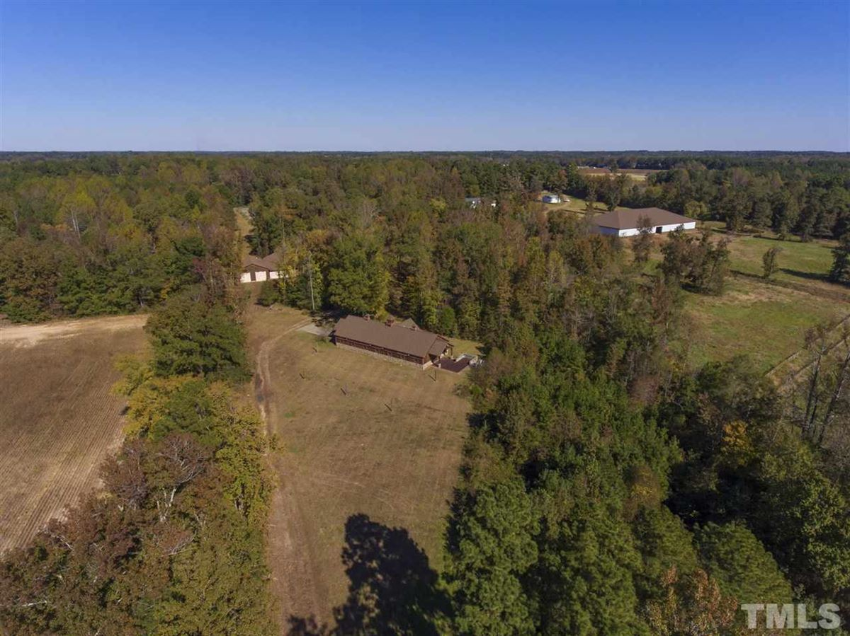 Mansions unbelievable equestrian property with scenic views
