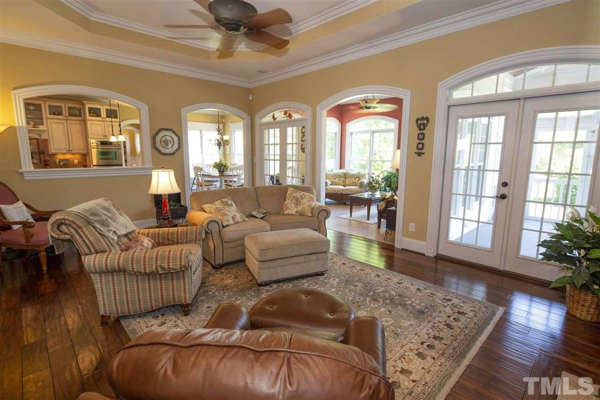 Immaculate estate home and 47+/- acres in Lillington luxury properties