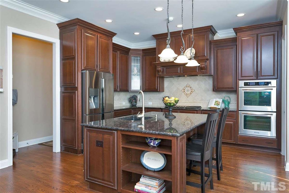 Luxury real estate Stately executive home in prime Cary location