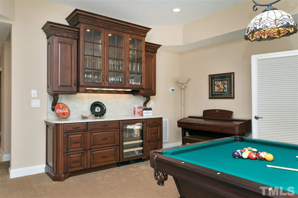 Mansions Stately executive home in prime Cary location