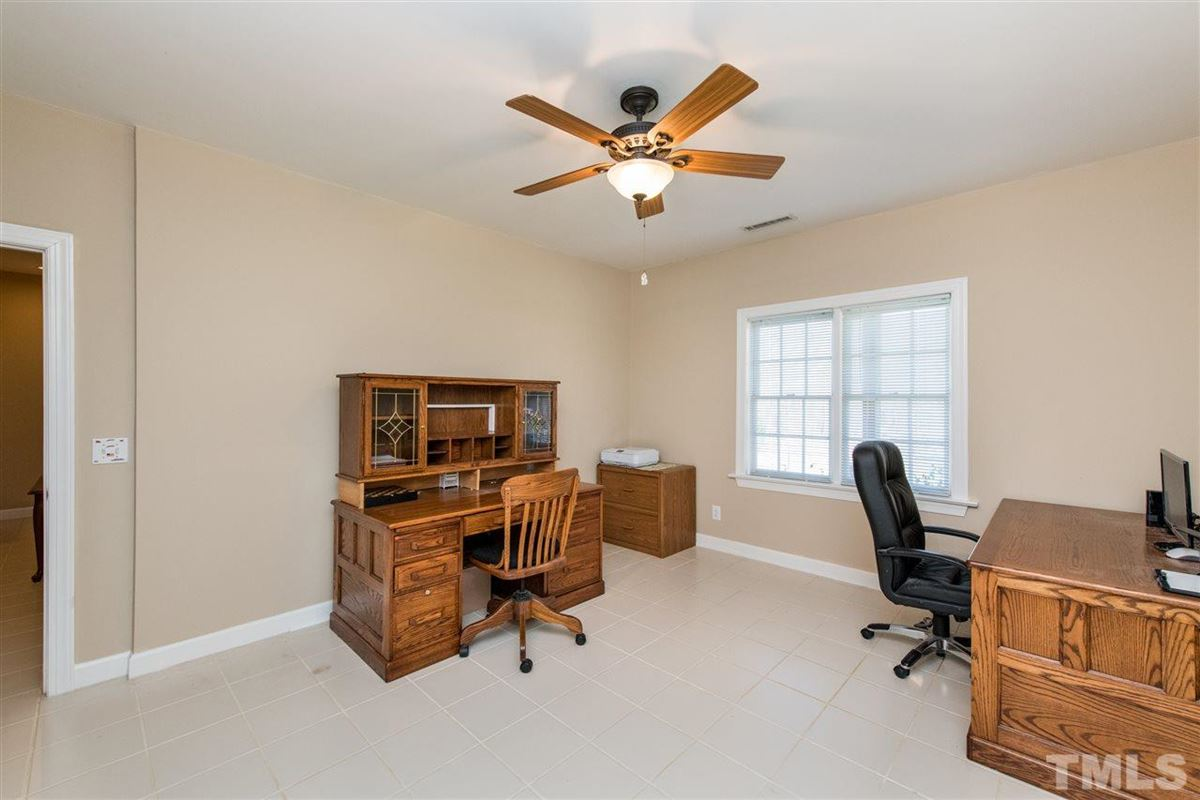 Luxury real estate Spacious Custom Home with Vaulted Ceilings