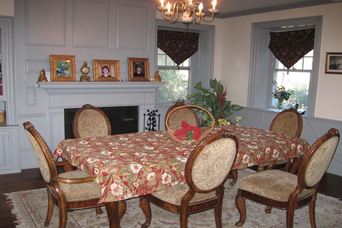 Luxury homes Thompson Trust