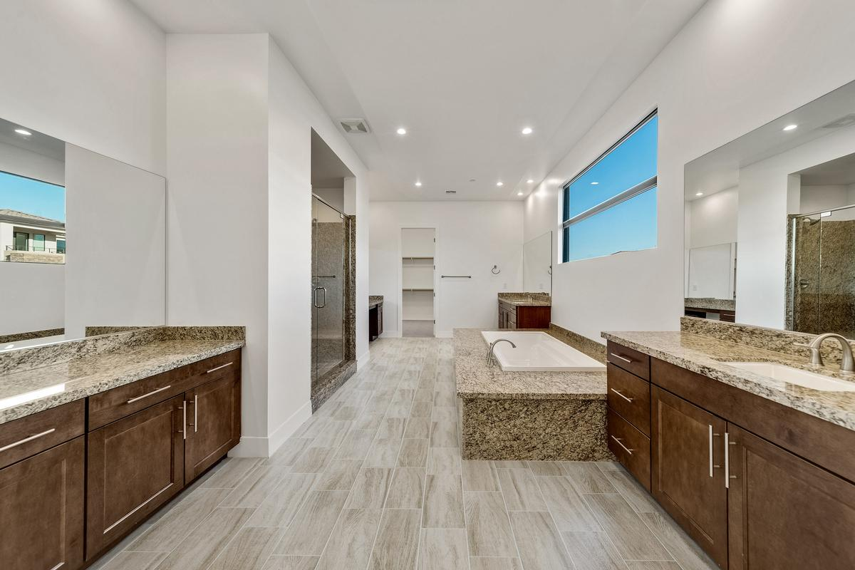 Luxury homes Waterfront Property in Lake Las Vegas