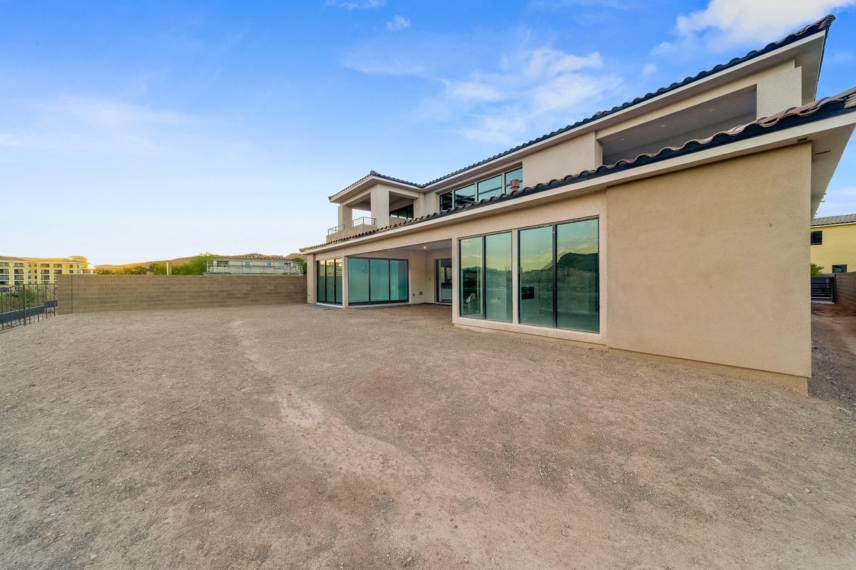 Waterfront Property in Lake Las Vegas luxury real estate