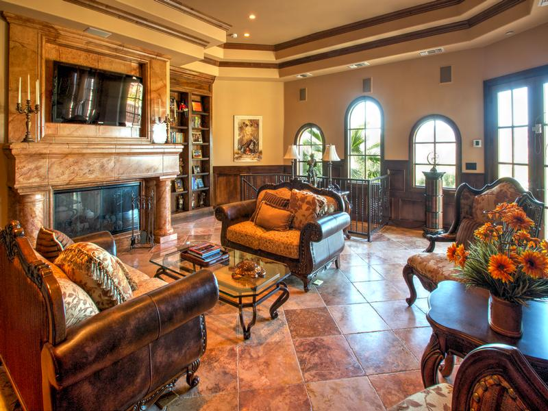 Luxury homes Lovely Tuscan style home in South Shore
