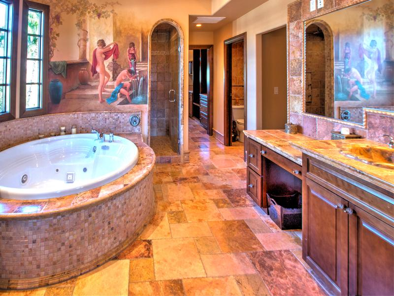 Lovely Tuscan style home in South Shore mansions