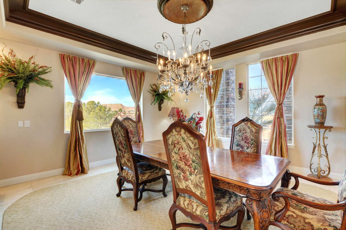 Traditional Elegance in SouthShore luxury real estate