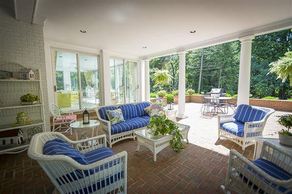 Luxury properties 1937 Estate Residence