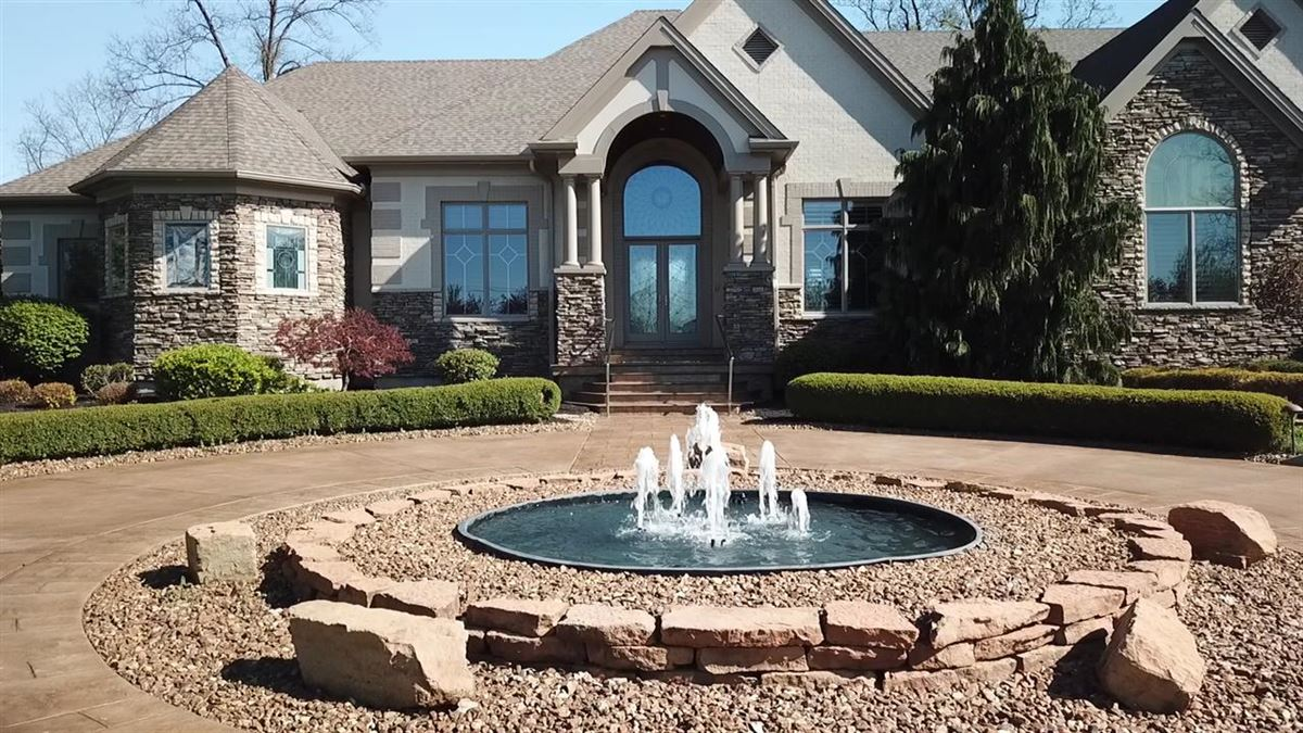 Luxury real estate Exceptional Ranch Home on 5+ Acres