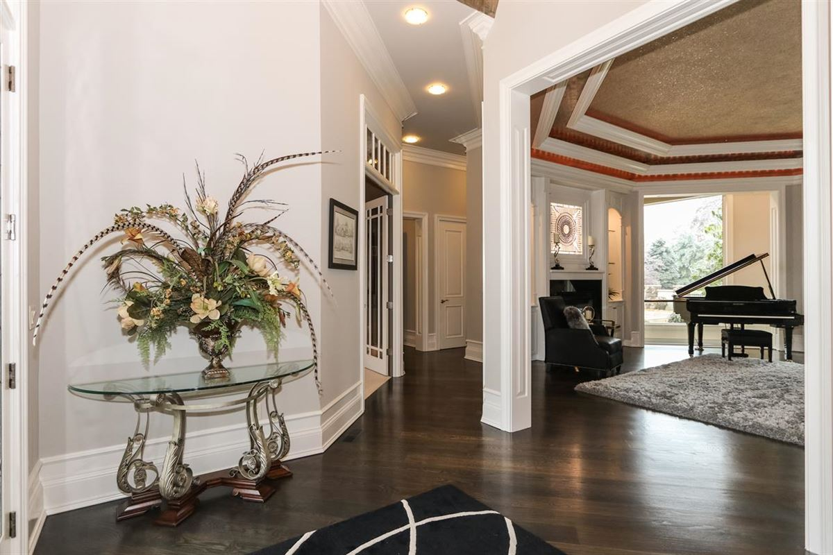 Exceptional Ranch Home on 5+ Acres luxury properties