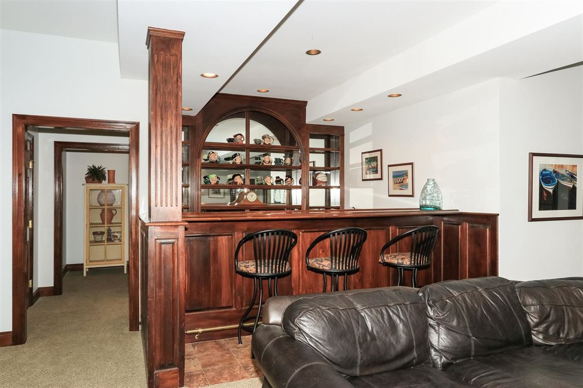 Luxury real estate spacious home in Great location