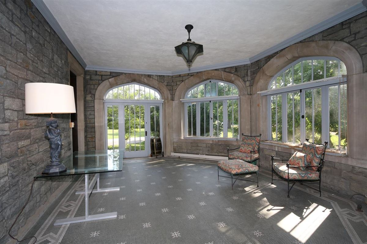 One of Cincinnatis Great Estates luxury homes