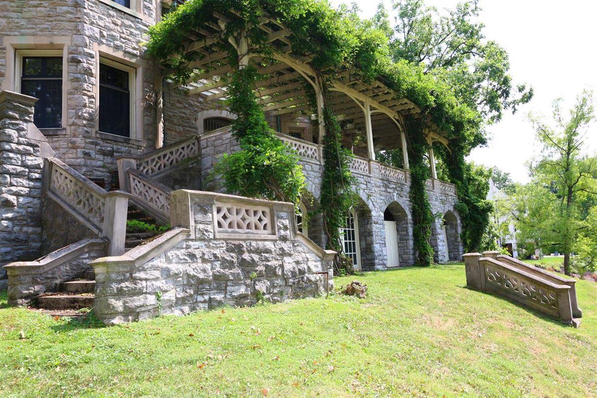 Mansions One of Cincinnatis Great Estates