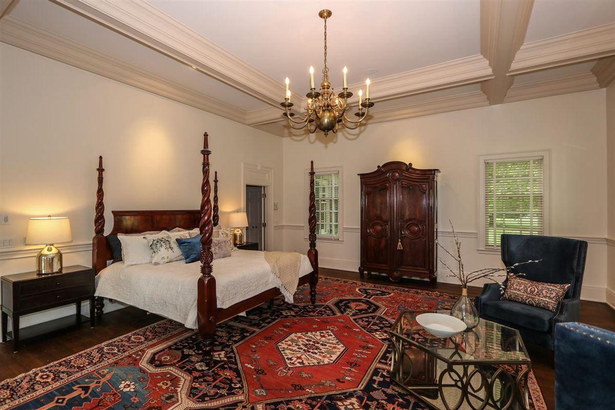 Luxury real estate Magnificent Estate on 13 Lush Acres
