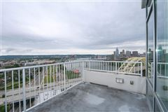 The 20th floor of South Shore luxury properties
