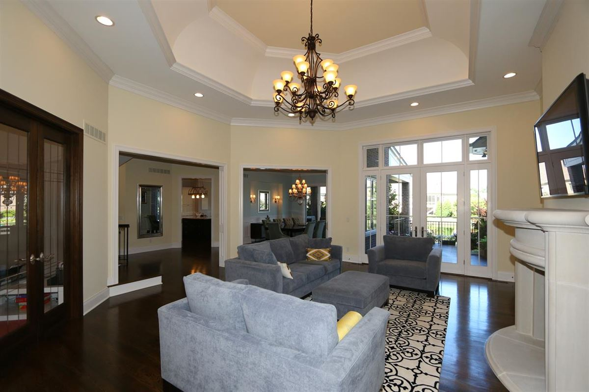 Luxury homes Impeccably Maintained, Custom Detail
