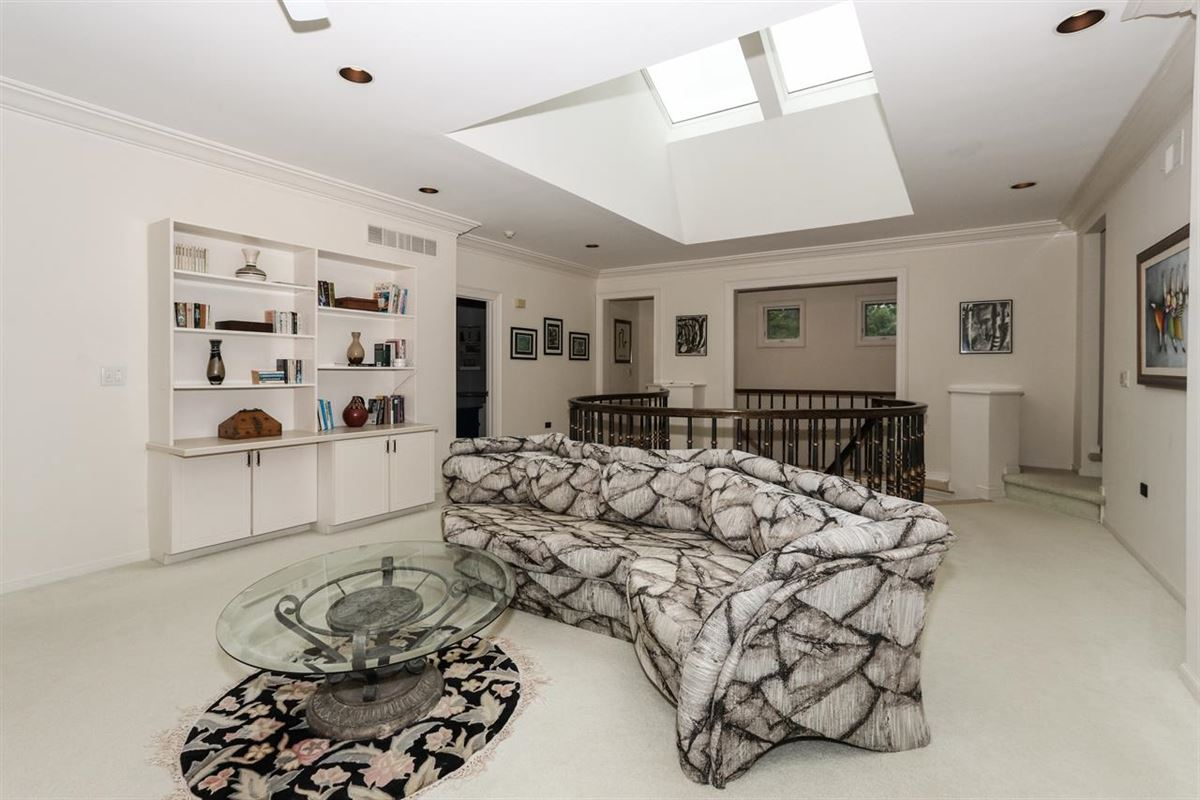 a Gorgeous custom home luxury real estate