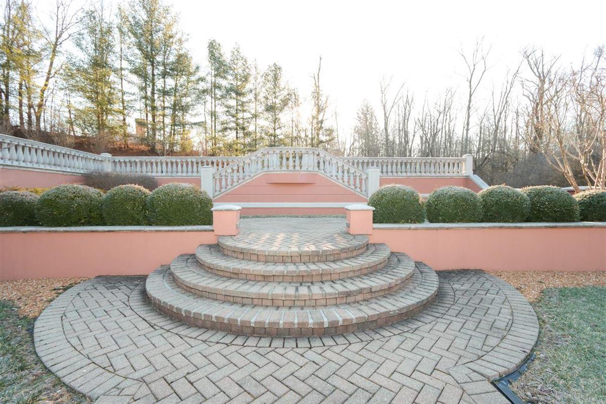 a Gorgeous custom home luxury properties