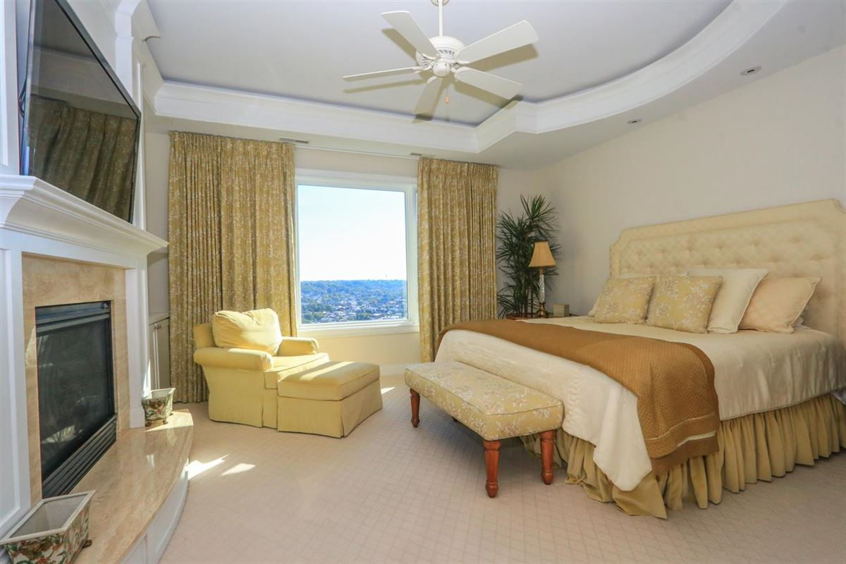 Stunning Panoramic River, City and Park views luxury real estate