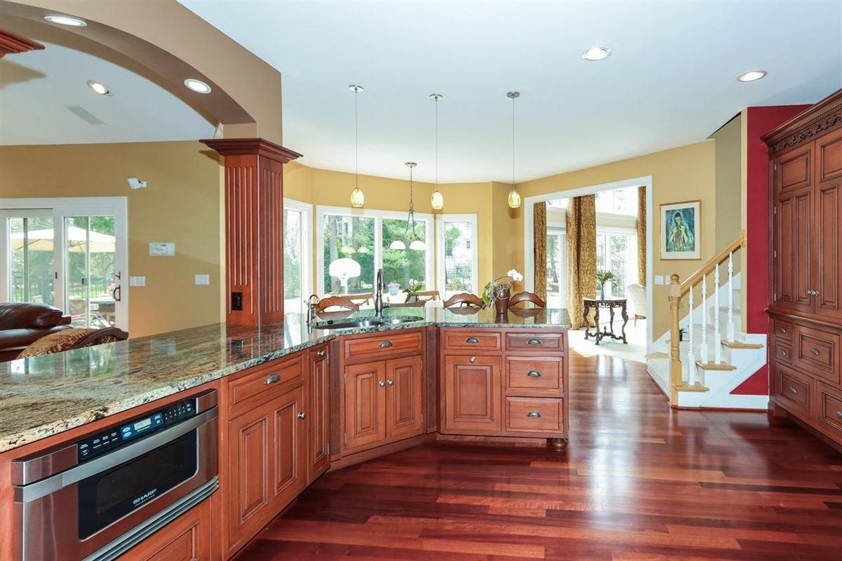 Exquisite quiet home mansions