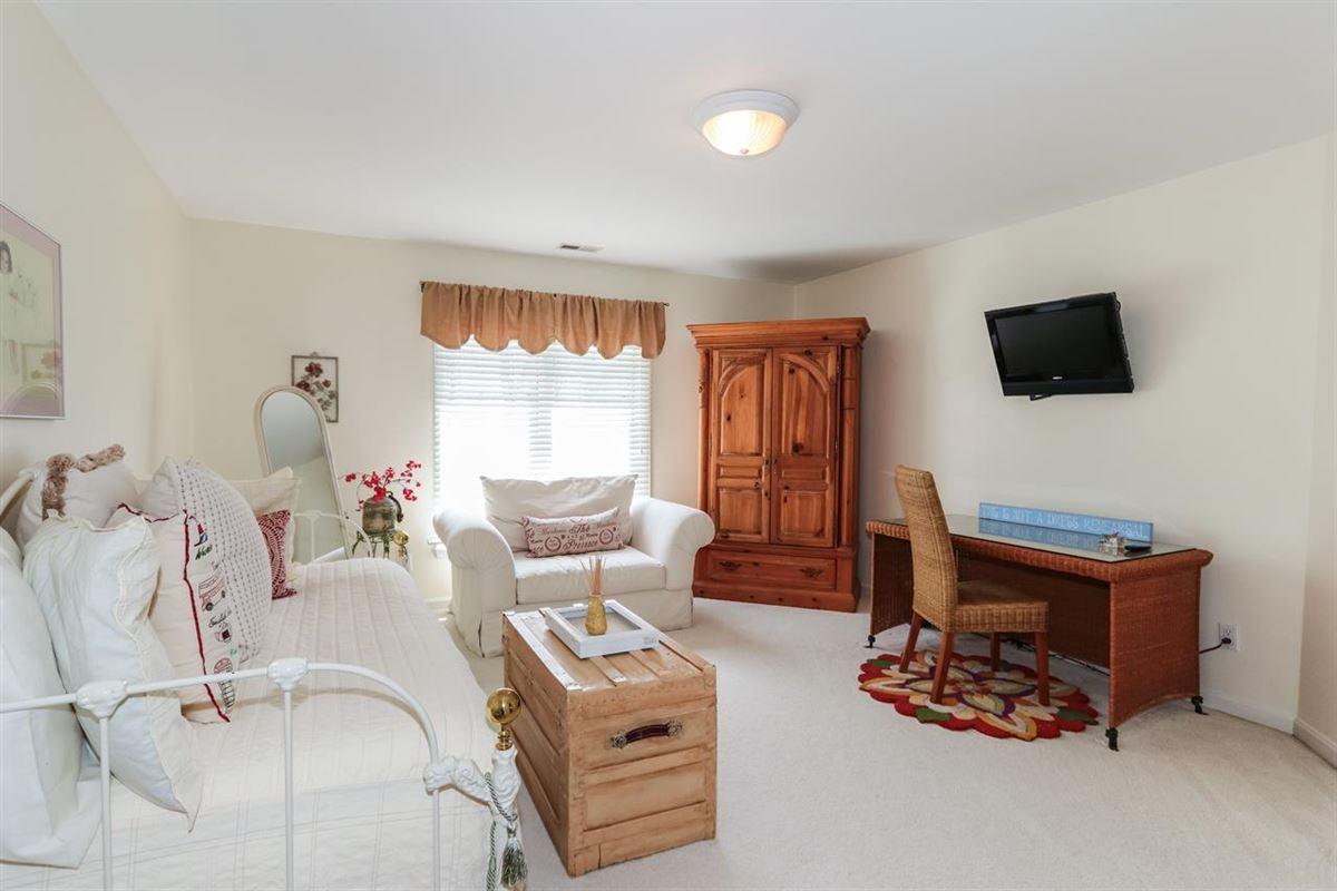 Luxury real estate Exquisite quiet home
