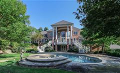 Luxury properties Opulent and Luxurious  Living on Over Five Acres