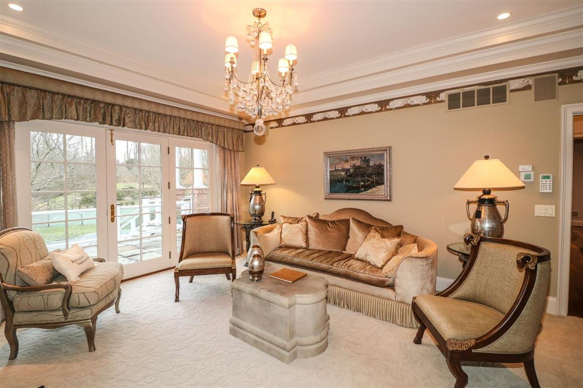Luxury homes in Opulent and Luxurious  Living on Over Five Acres