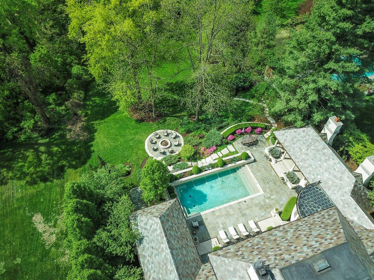 a Hyde Park jewel In Ohio luxury real estate