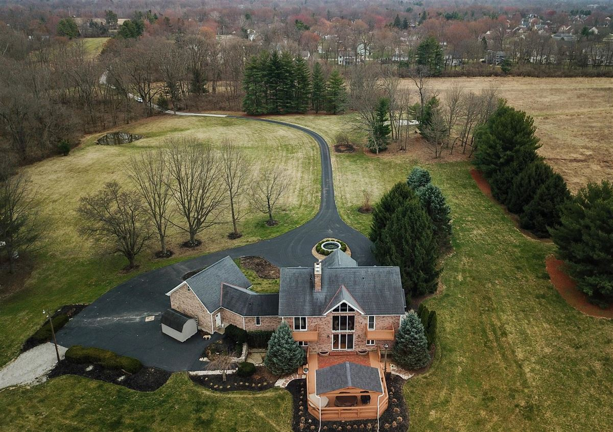 Mansions 52 Private Acres