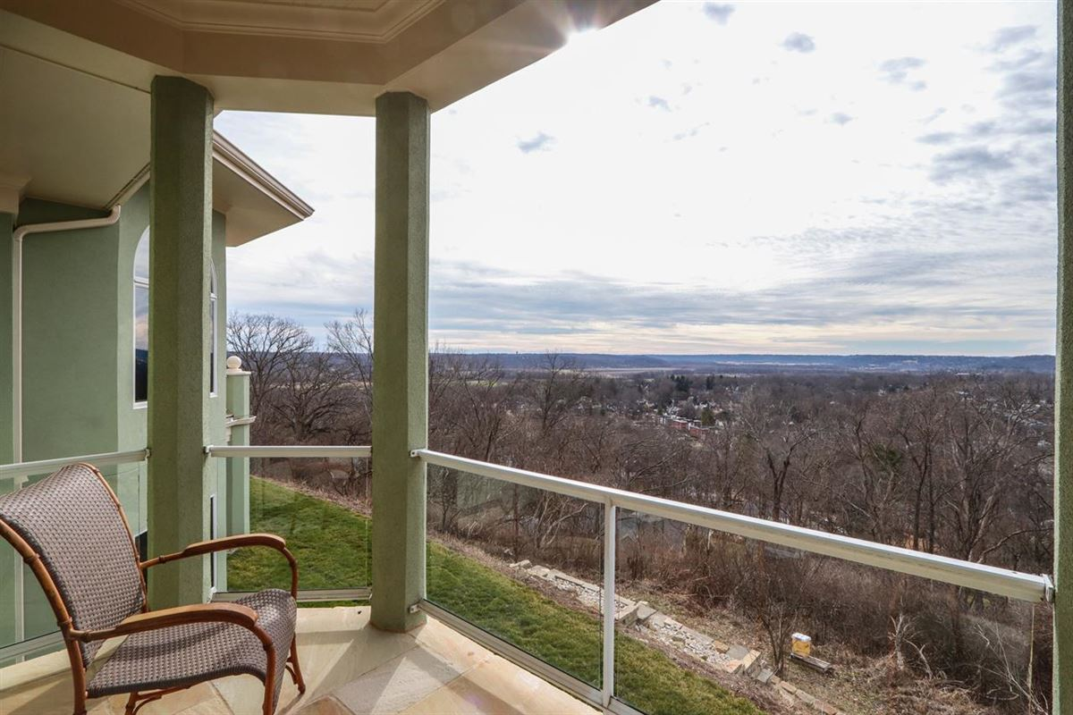 Luxury real estate Panoramic Views with Unbelievable Sunsets