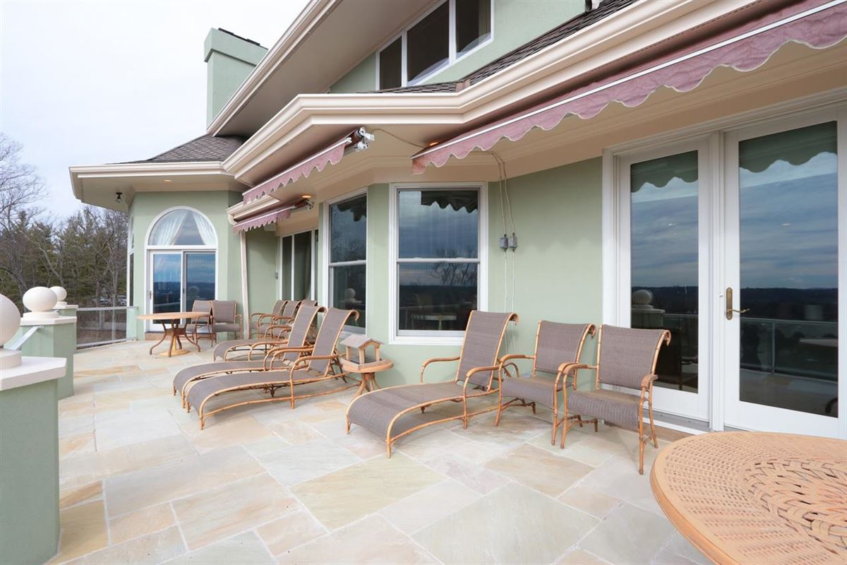 Panoramic Views with Unbelievable Sunsets luxury real estate