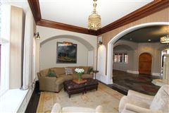 Alberly Manor luxury properties